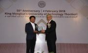 มาสด้า ประเทศไทย รับโล่ประกาศเกียรติคุณ